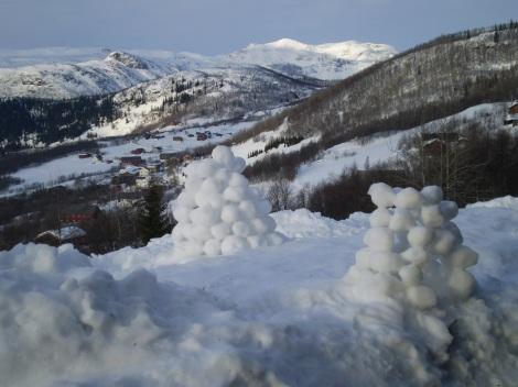 Snowball Candles, Beitostolen, Norway